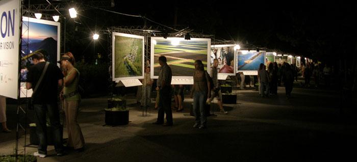 "Noć muzeja 2009 - Izložba fotografija ""Srbija, život i običaji"" na Kalemegdanu"