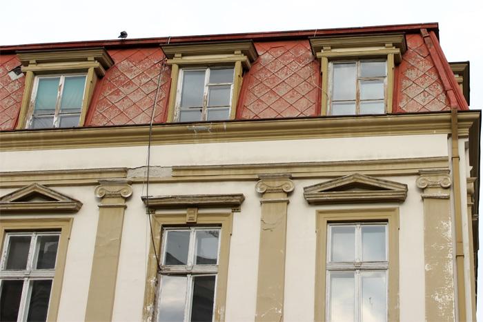 stara-zgrada-sa-crvenim-krovom-kosancicev-venac