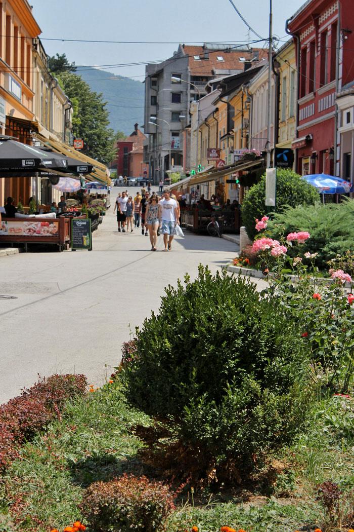 Glavna ulica u Ivanjici - da li je sreca u setnji?